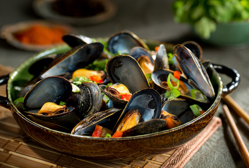 Steamed Mussels with Thai Coconut Broth | Cooks Recipes